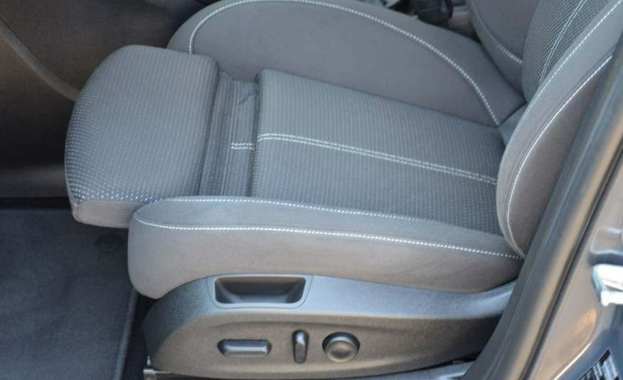 Opel Zafira Zafira Opłacona 1.6CDTI 136KM Bi-Xenon Navi Serwis Alu Gwarancja zdjęcie 22