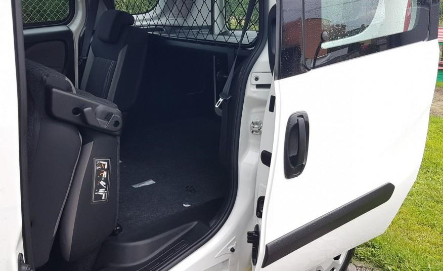 Fiat Doblo 5 OSÓB KLIMA 2xDRZWI BOCZNE PRZESUWNE KRAJOWY I-WŁAŚCICIEL zdjęcie 24