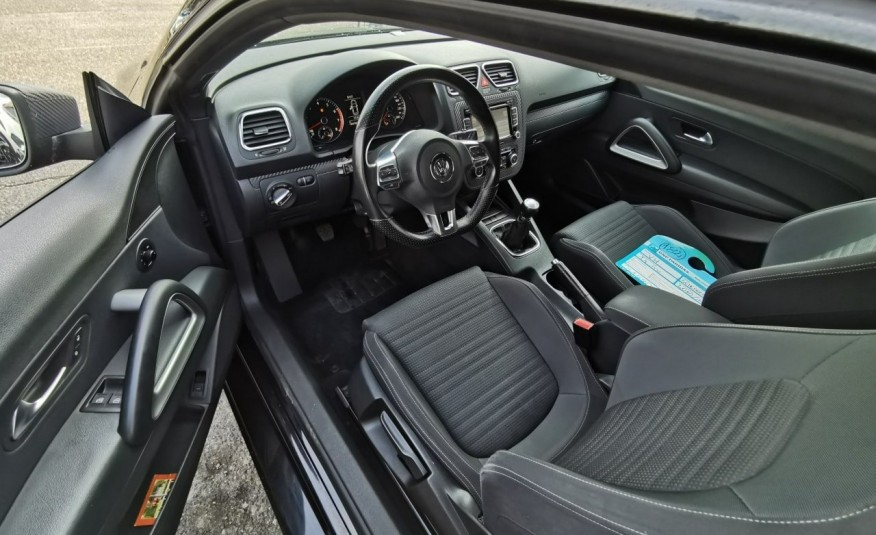 Volkswagen Scirocco 1.4 TFSI 160 KM, Alufelgi, Klimatyzacja, Grzane Fotele, Xenon, LED zdjęcie 8