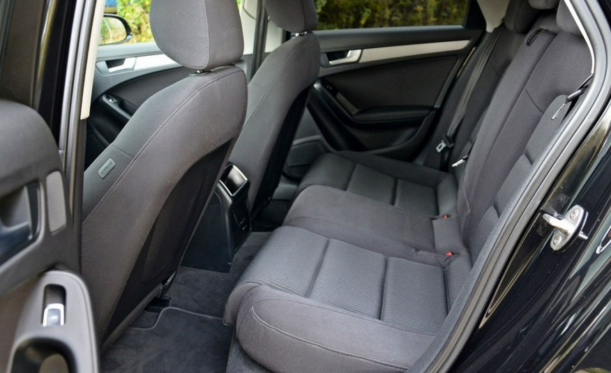 Audi A4 2.0 TDI 136PS Raty Zamiana Gwarancja Zarejestrowany zdjęcie 25