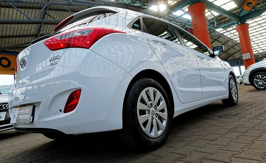 Hyundai i30 3 Lata GWARANCJA I-wł Kraj Bezwypadkowy 6-biegów LEDY+Bluetooth FV23% 4x2 zdjęcie 3