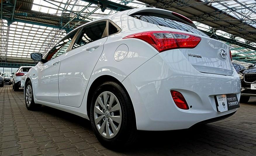 Hyundai i30 3 Lata GWARANCJA I-wł Kraj Bezwypadkowy 6-biegów LEDY+Bluetooth FV23% 4x2 zdjęcie 4
