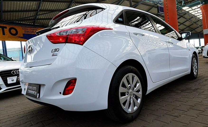 Hyundai i30 3 Lata GWARANCJA I-wł Kraj Bezwypadkowy 6-biegów LEDY+Bluetooth FV23% 4x2 zdjęcie 25
