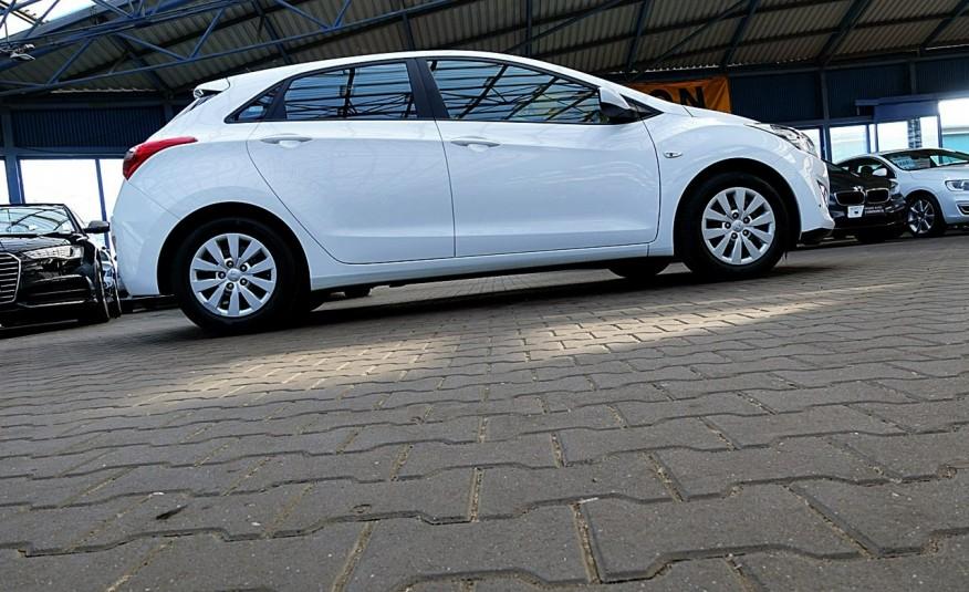 Hyundai i30 3 Lata GWARANCJA I-wł Kraj Bezwypadkowy 6-biegów LEDY+Bluetooth FV23% 4x2 zdjęcie 49