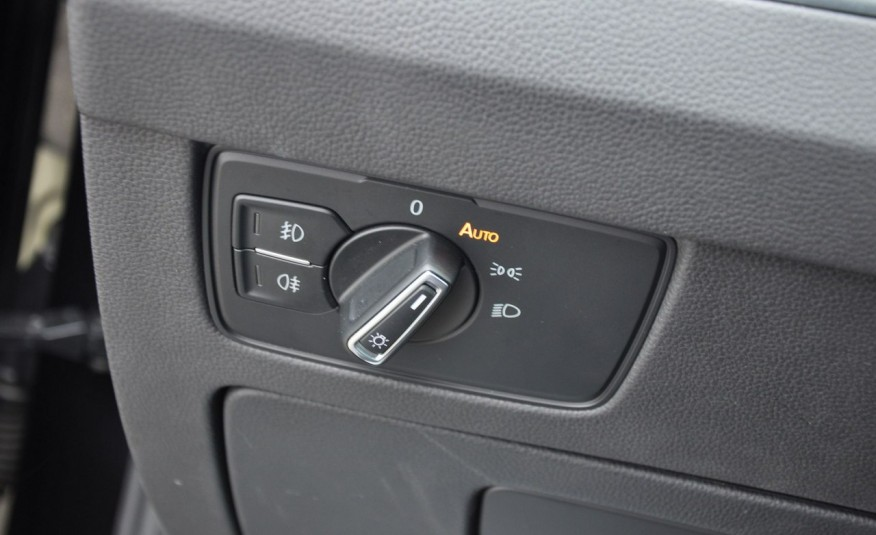 Volkswagen Passat 2.0 TDI 150KM Comfortline DSG Serwis ASO zdjęcie 15