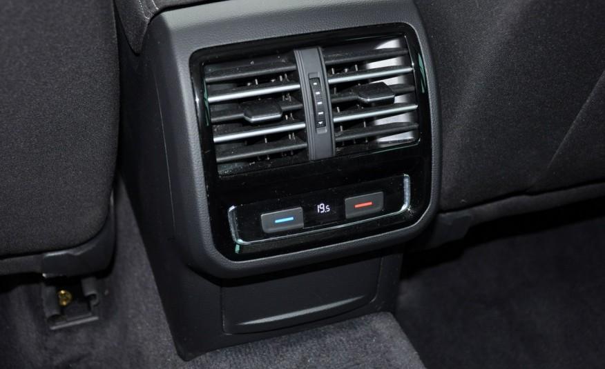 Volkswagen Passat 2.0 TDI 150KM Comfortline DSG Serwis ASO zdjęcie 22