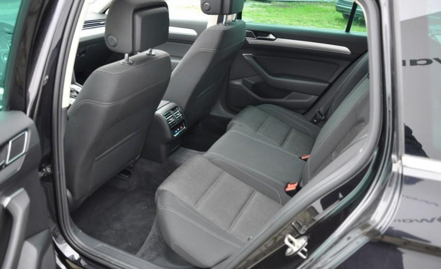 Volkswagen Passat 2.0 TDI 150KM Comfortline DSG Serwis ASO zdjęcie 24