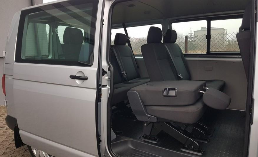 Volkswagen Transporter T6 TRANSPORTER DŁUGI 9 OSÓB L2H1 KLIMA 2.0 TDI 102 KM KRAJOWY zdjęcie 10