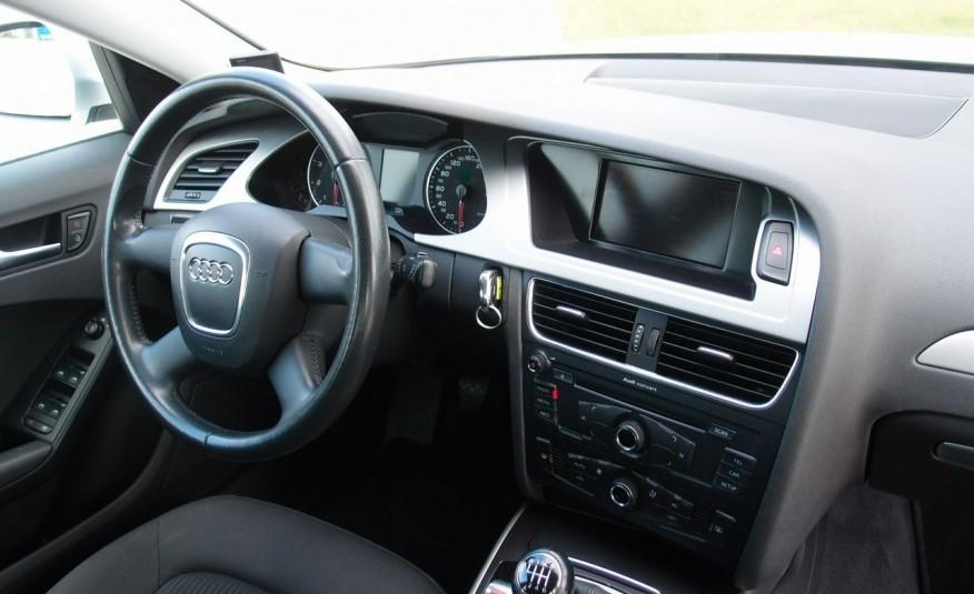 Audi A4 / 1.8T 160KM / Bezwypadkowy / Zarejestrowany / ROK GWARANCJI zdjęcie 21