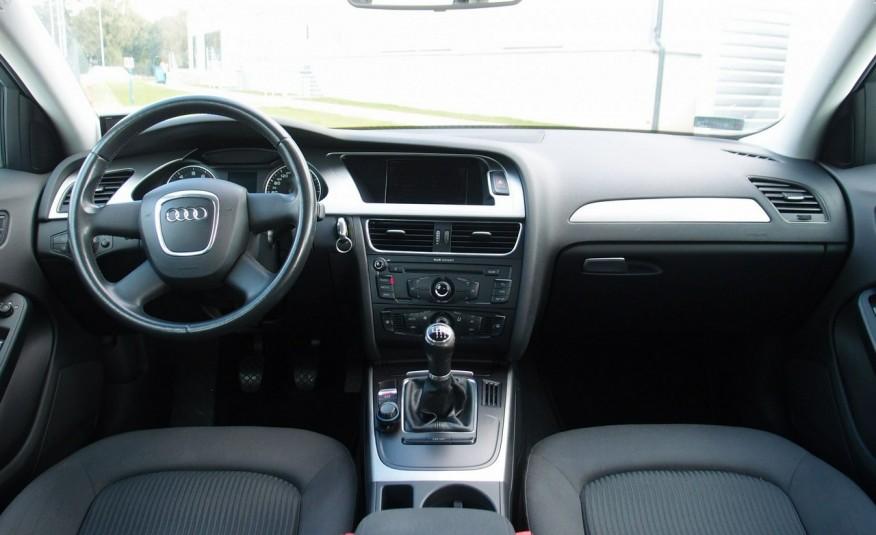 Audi A4 / 1.8T 160KM / Bezwypadkowy / Zarejestrowany / ROK GWARANCJI zdjęcie 24