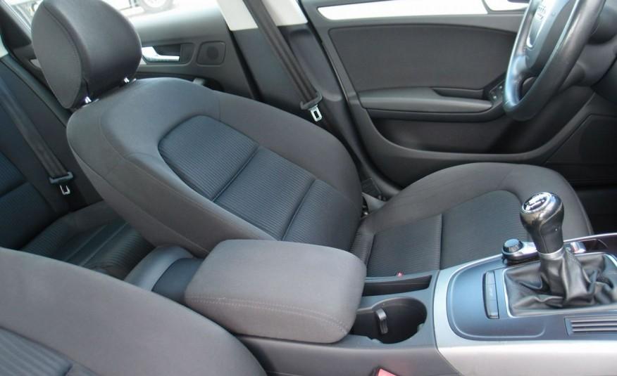 Audi A4 / 1.8T 160KM / Bezwypadkowy / Zarejestrowany / ROK GWARANCJI zdjęcie 29