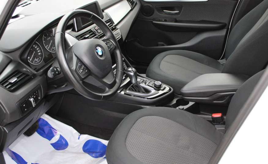 BMW 218 Salon, Gwarancja, Czujniki Park.el.klapa, automat, f-vat zdjęcie 10