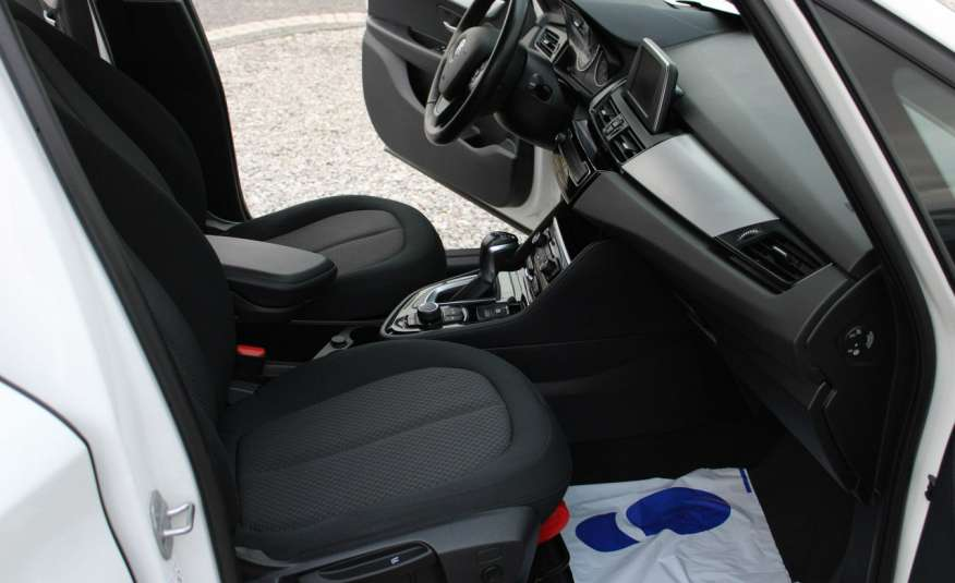 BMW 218 Salon, Gwarancja, Czujniki Park.el.klapa, automat, f-vat zdjęcie 13