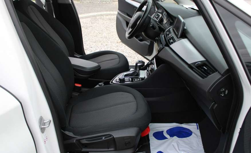BMW 218 Salon, Gwarancja, Czujniki Park.el.klapa, automat, f-vat zdjęcie 32