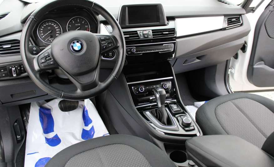 BMW 218 Salon, Gwarancja, Czujniki Park.el.klapa, automat, f-vat zdjęcie 37