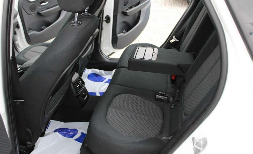 BMW 218 Salon, Gwarancja, Czujniki Park.el.klapa, automat, f-vat zdjęcie 38