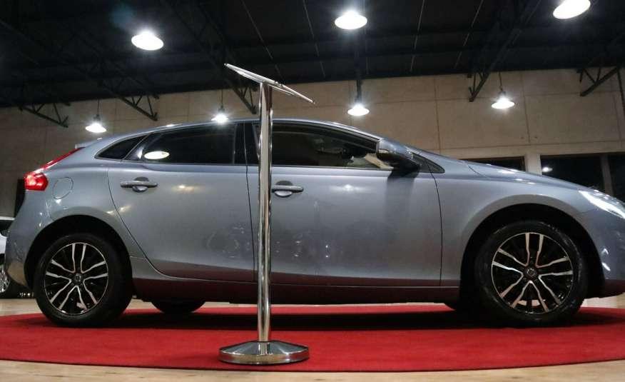 V40 Piękne Volvo Po LIFTINGU piękny błękit || full led | opłacony zdjęcie 19