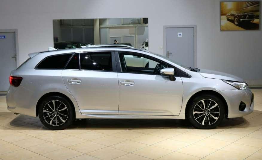 Toyota Avensis D-4D Premium +, fv VAT 23, salon PL, Gwarancja x 5 zdjęcie 39