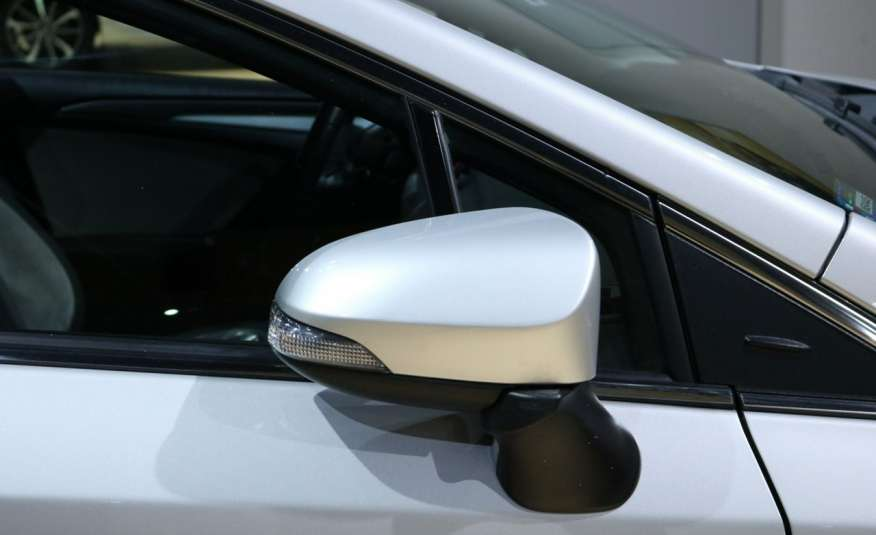 Toyota Avensis D-4D Premium +, fv VAT 23, salon PL, Gwarancja x 5 zdjęcie 40