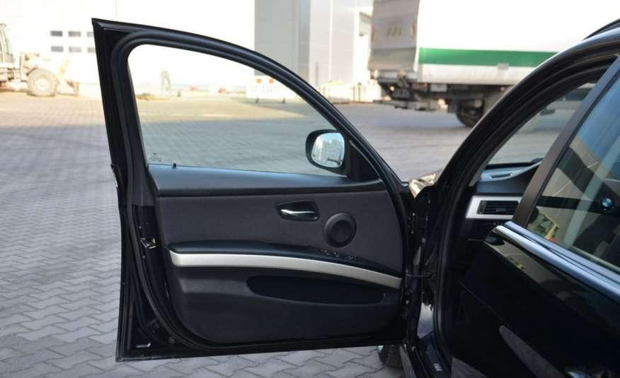 BMW 320 Czarny M-Pakiet Zarejestrowany 2.0D 163KM Lift Navi Alu Gwarancja zdjęcie 26