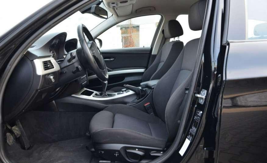 BMW 320 Czarny M-Pakiet Zarejestrowany 2.0D 163KM Lift Navi Alu Gwarancja zdjęcie 27