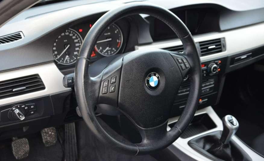 BMW 320 Czarny M-Pakiet Zarejestrowany 2.0D 163KM Lift Navi Alu Gwarancja zdjęcie 29