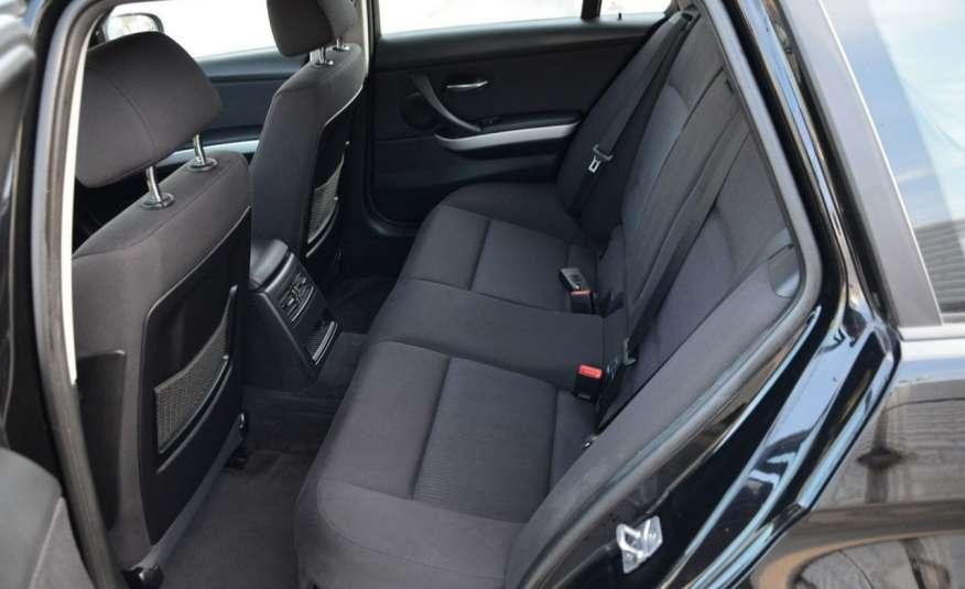 BMW 320 Czarny M-Pakiet Zarejestrowany 2.0D 163KM Lift Navi Alu Gwarancja zdjęcie 33