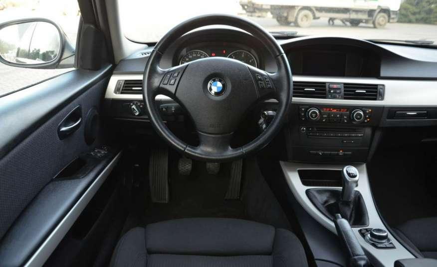 BMW 320 Czarny M-Pakiet Zarejestrowany 2.0D 163KM Lift Navi Alu Gwarancja zdjęcie 37