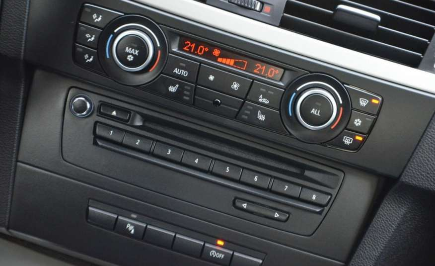BMW 320 Czarny M-Pakiet Zarejestrowany 2.0D 163KM Lift Navi Alu Gwarancja zdjęcie 40