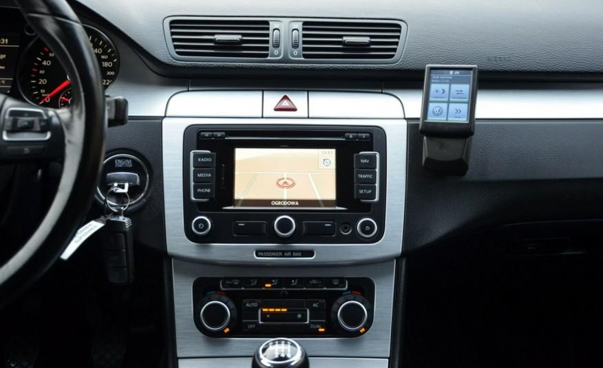 Volkswagen Passat CC Opłacony 1.8TSI + Gaz Serwis Navi Xenon Alu Gwarancja zdjęcie 32