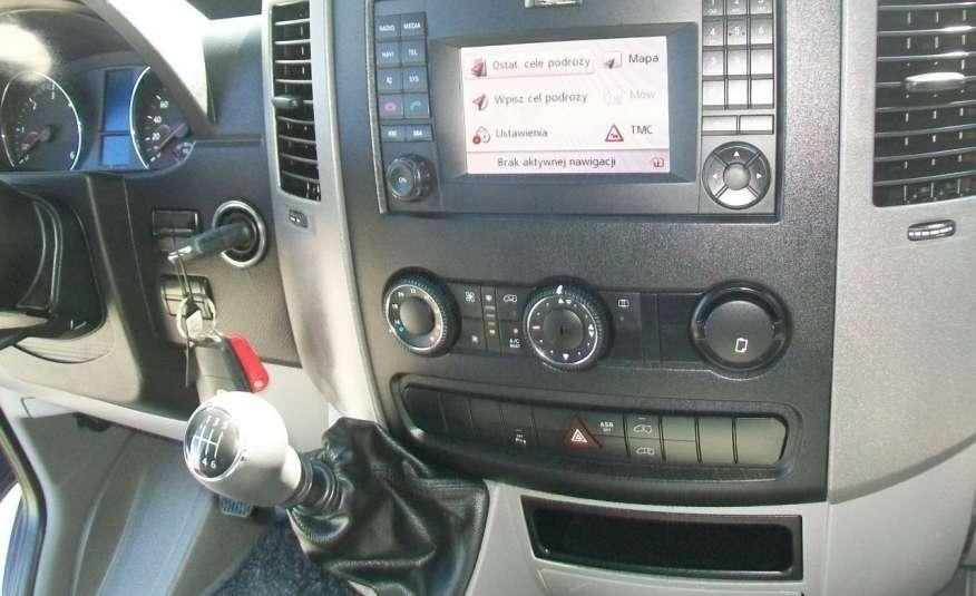 Volkswagen Crafter 2.0BITDI 164KM A/C 7 OS BLIŹNIAKI NA KAT B NAVIGACJA NR 58 zdjęcie 12