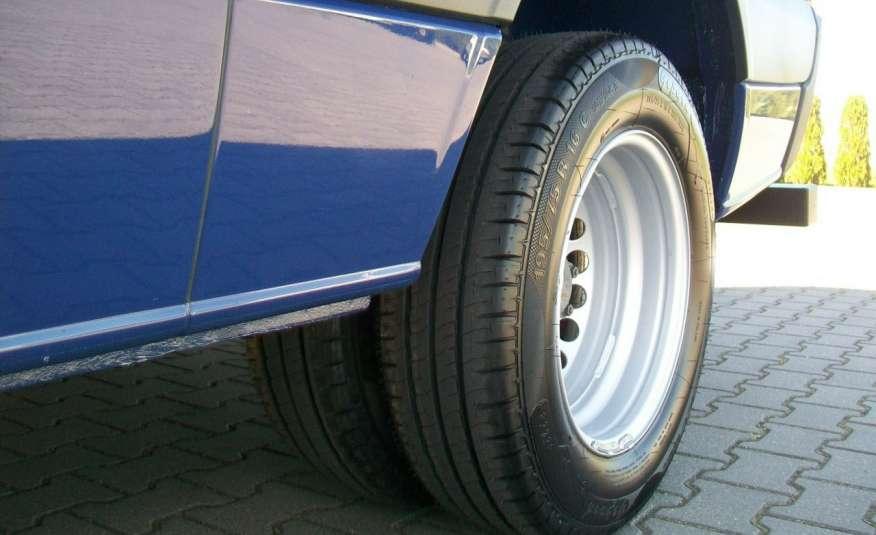 Volkswagen Crafter 2.0BITDI 164KM A/C 7 OS BLIŹNIAKI NA KAT B NAVIGACJA NR 58 zdjęcie 16