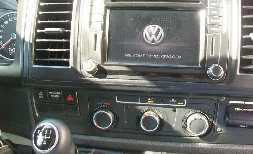 Volkswagen Transporter T6 2.0TDI 102KM CHŁODNIA NAVI DŁUGI MOD 16r NR 78 zdjęcie 10