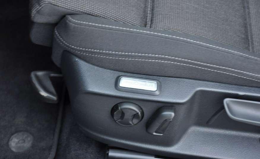 Volkswagen Passat 2.0 TDI 150KM Comfortline Polski Salon Serwis ASO FV 23% zdjęcie 10