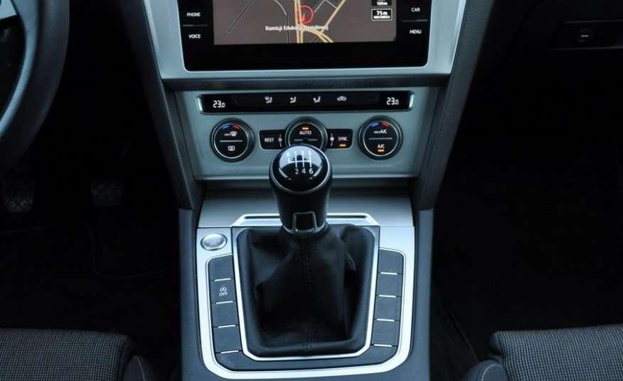Volkswagen Passat 2.0 TDI 150KM Comfortline Polski Salon Serwis ASO FV 23% zdjęcie 12