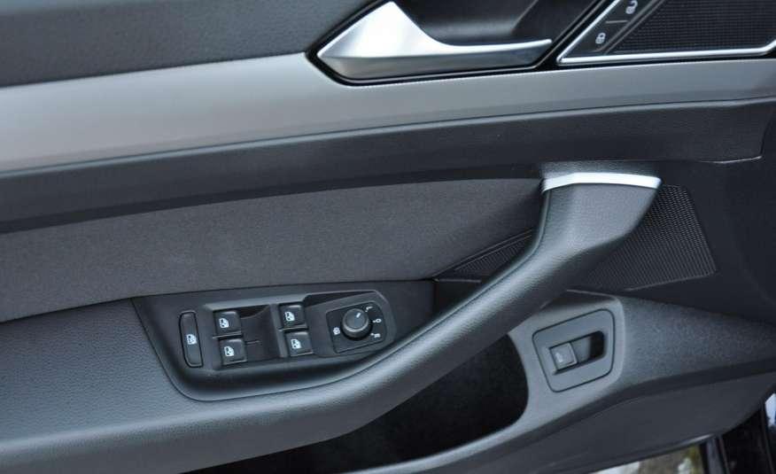 Volkswagen Passat 2.0 TDI 150KM Comfortline Polski Salon Serwis ASO FV 23% zdjęcie 16