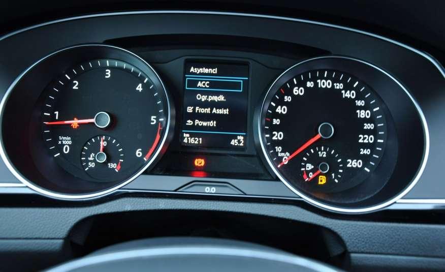 Volkswagen Passat 2.0 TDI 150KM Comfortline Polski Salon Serwis ASO FV 23% zdjęcie 17