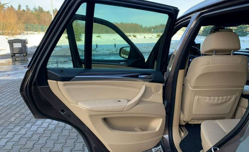 BMW X5 4.0D 306KM 7.os.panorama lasery bixenon kamer360 full opcja 1 rok gwar zdjęcie 14