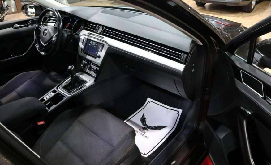 Volkswagen Passat PRZEPIĘKNY PASSAT | Pełny LED | 3xklima | Opłacony | Bardzo ładny zdjęcie 9