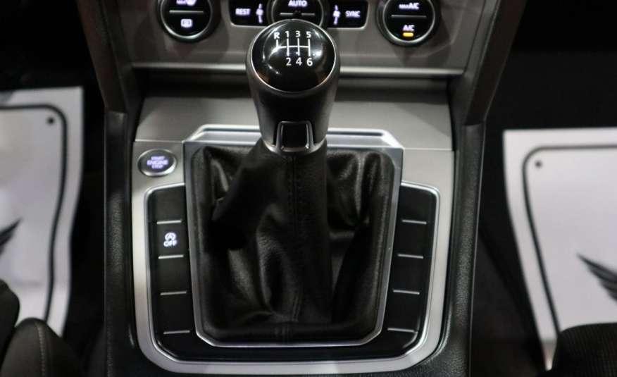 Volkswagen Passat PRZEPIĘKNY PASSAT | Pełny LED | 3xklima | Opłacony | Bardzo ładny zdjęcie 11