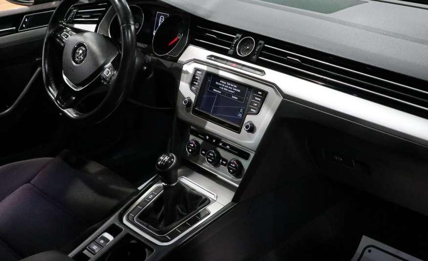 Volkswagen Passat PRZEPIĘKNY PASSAT | Pełny LED | 3xklima | Opłacony | Bardzo ładny zdjęcie 13