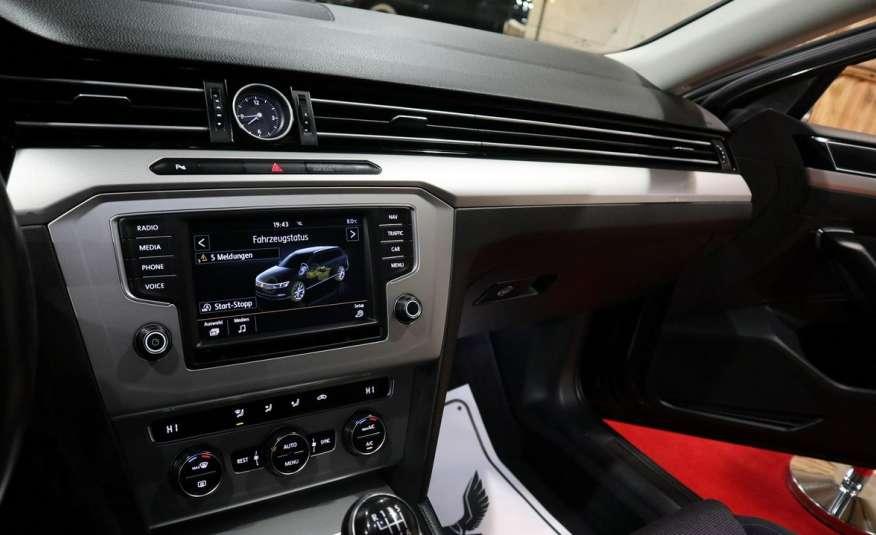 Volkswagen Passat PRZEPIĘKNY PASSAT | Pełny LED | 3xklima | Opłacony | Bardzo ładny zdjęcie 36