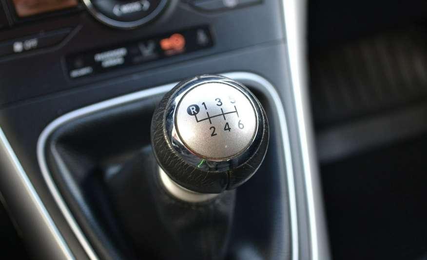 Toyota Auris Climatronic Serwis ASO Zarejestrowany 60tkm Opony zimowe Lift zdjęcie 17