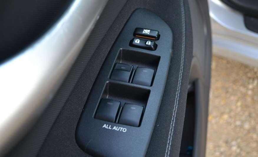 Toyota Auris Climatronic Serwis ASO Zarejestrowany 60tkm Opony zimowe Lift zdjęcie 23