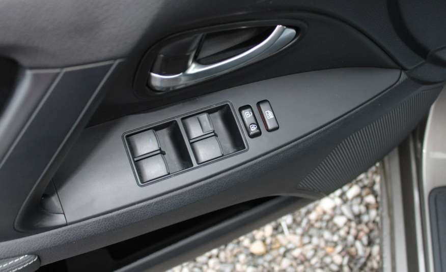 Toyota Avensis F-Vat, Gwarancja, Salon Polska, Navi, Kamera Cofania 2.0 D-4d 143km Premiu zdjęcie 12