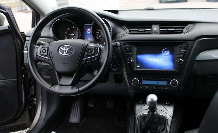 Toyota Avensis F-Vat, Gwarancja, Salon Polska, Navi, Kamera Cofania 2.0 D-4d 143km Premiu zdjęcie 22