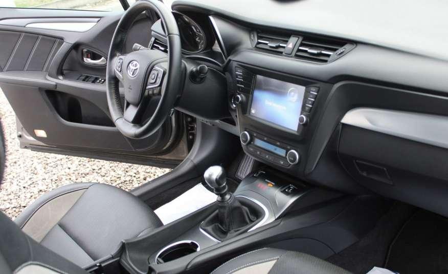Toyota Avensis F-Vat, Gwarancja, Salon Polska, Navi, Kamera Cofania 2.0 D-4d 143km Premiu zdjęcie 24
