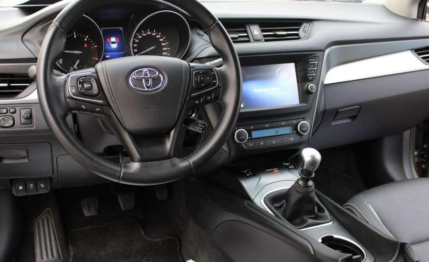 Toyota Avensis F-Vat, Gwarancja, Salon Polska, Navi, Kamera Cofania 2.0 D-4d 143km Premiu zdjęcie 36