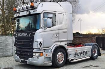 Scania R620 cała na poduszce hydraulika wolny wydech skóry alu felgi nawigacja