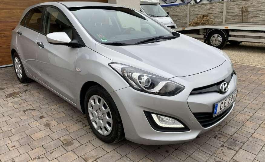 Hyundai i30 1.4 z Niemiec 6 biegów ładny bezwypadkowy po opłatach Cz wa 12r zdjęcie 3